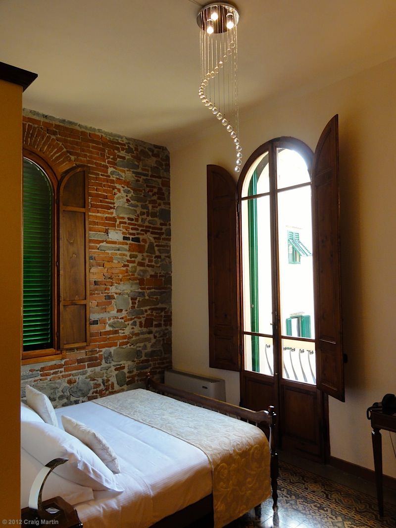 Our great Florence Apartment, thanks to Go With Oh.