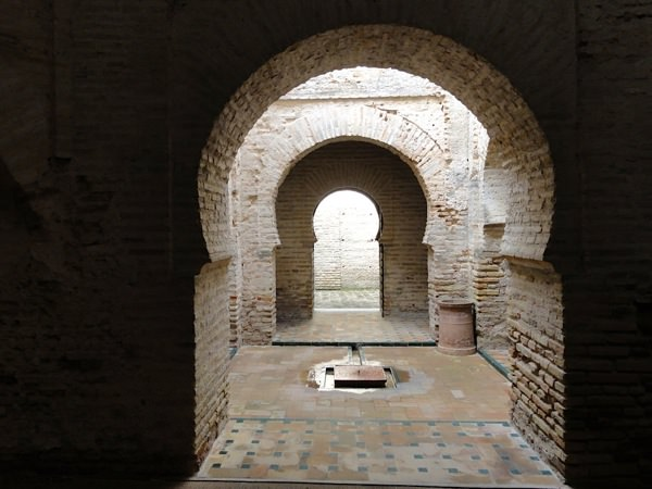 Things to do andalusia jerez alcazar fortress