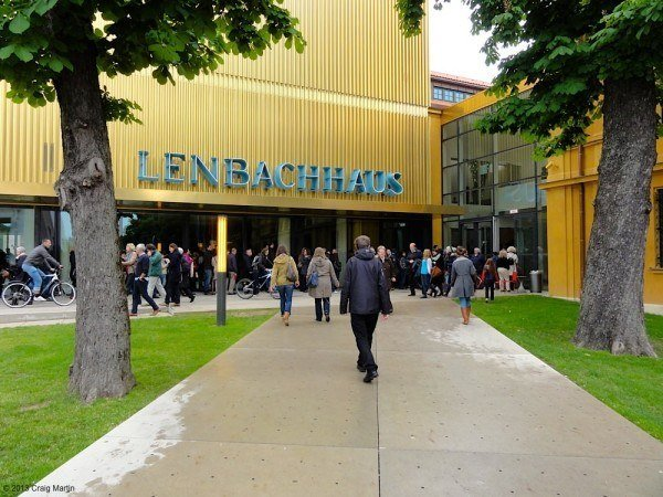 Queues at the newly-reopened Lenbachhaus were off-putting