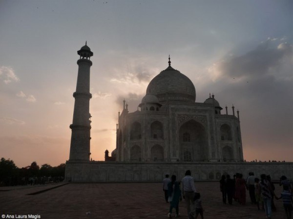 Sunset at Taj Mahal in April.