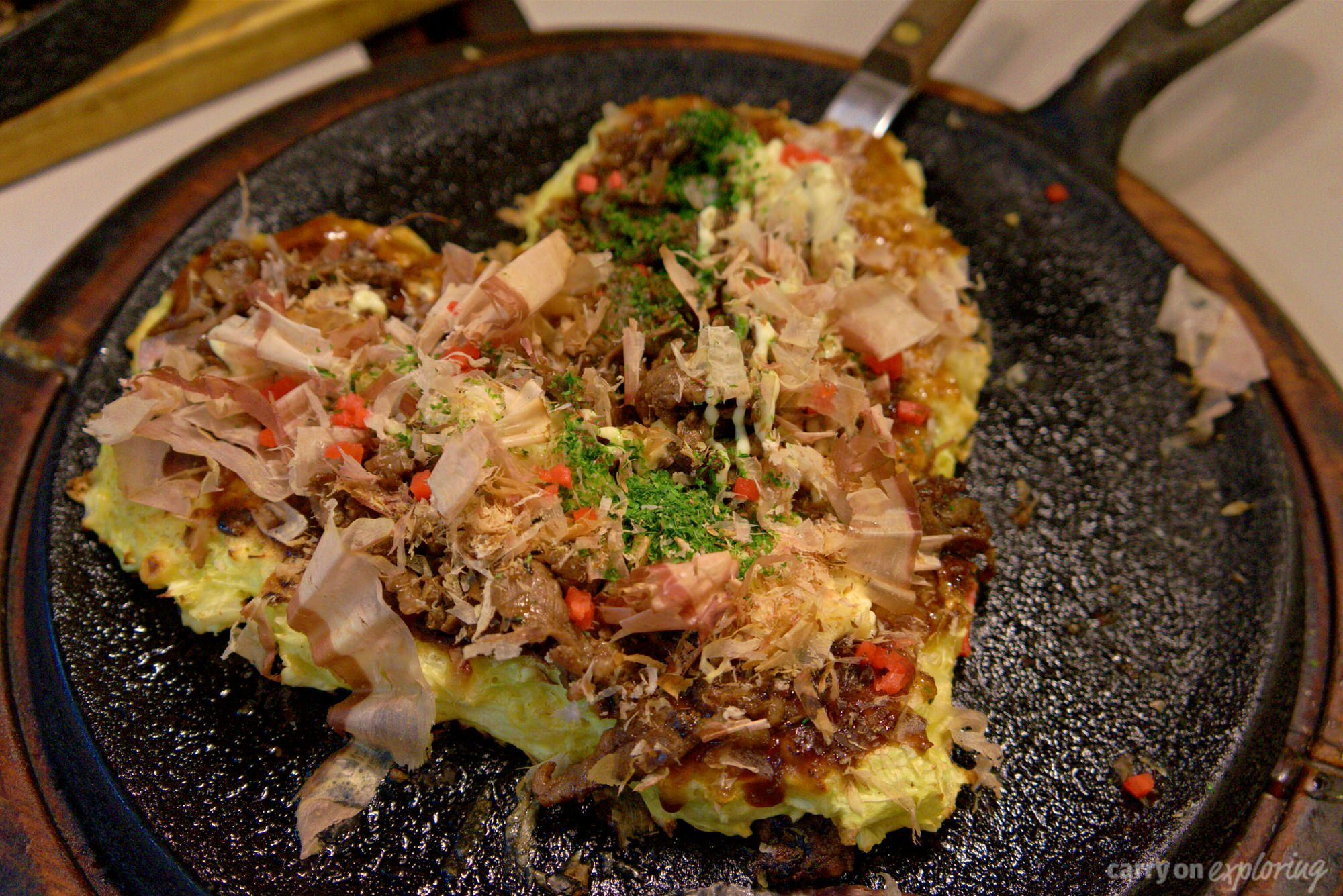"Cabbage pizza or ""Osaka soul food"" in Japan"