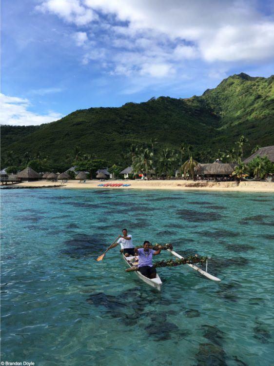Tahiti canoe