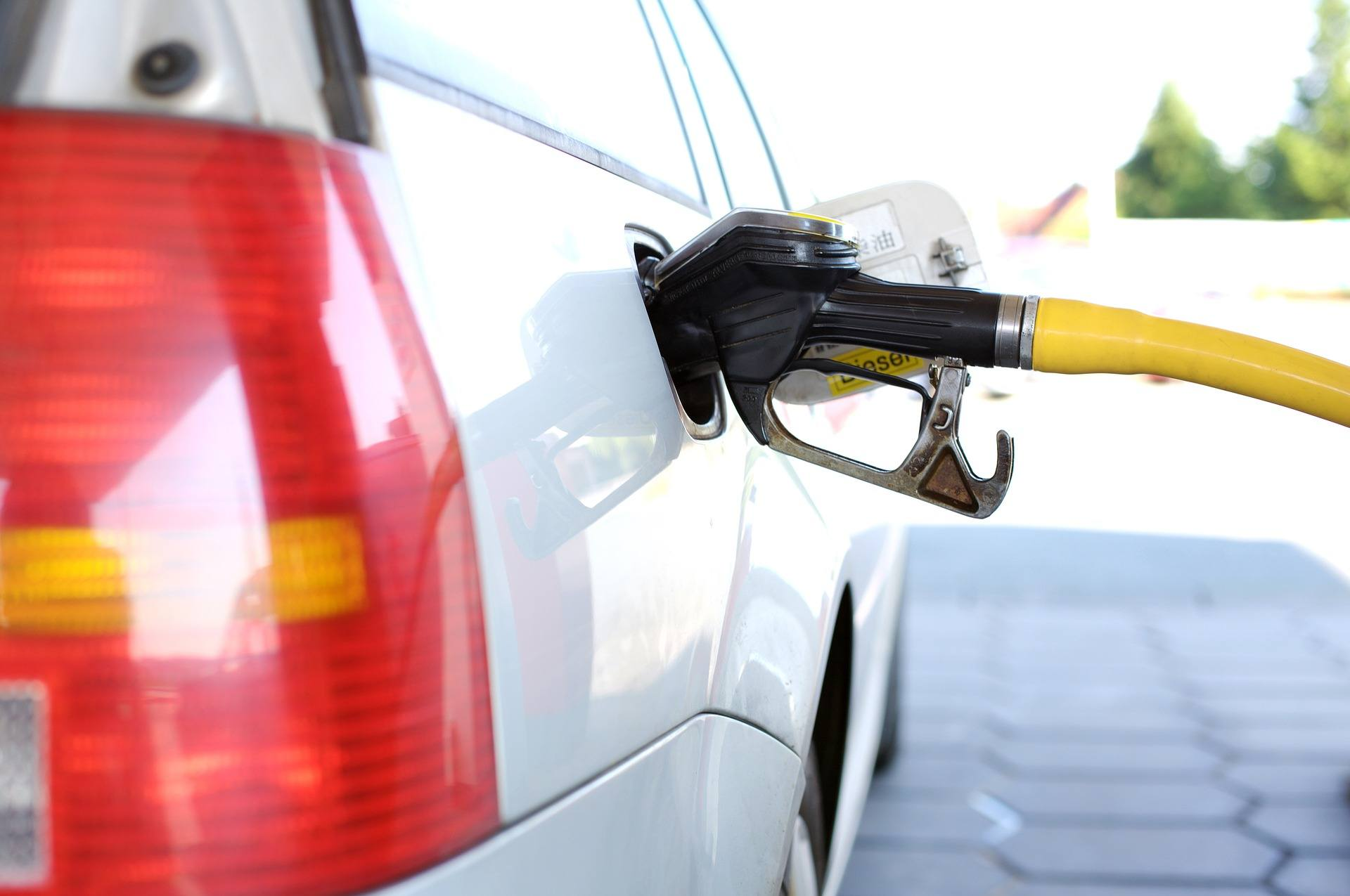 Refuel your hire car before you return it