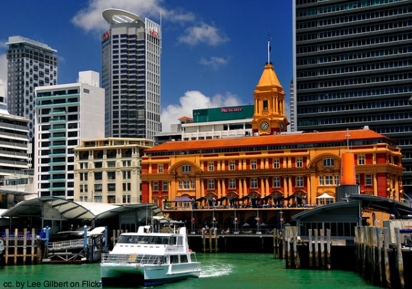 Ferry and Auckland Ferry Building