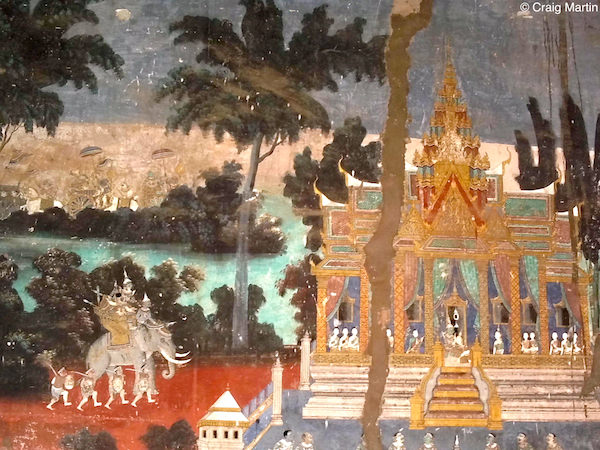 A section of the mural that adorns the inner wall of the courtyard. Royal Palace, Phnom Penh