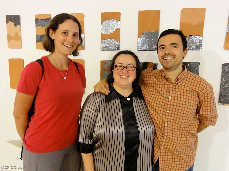 Linda, Isabel and Jorge at the Memorias de Tierra ii ceramic exhibition in Portugal