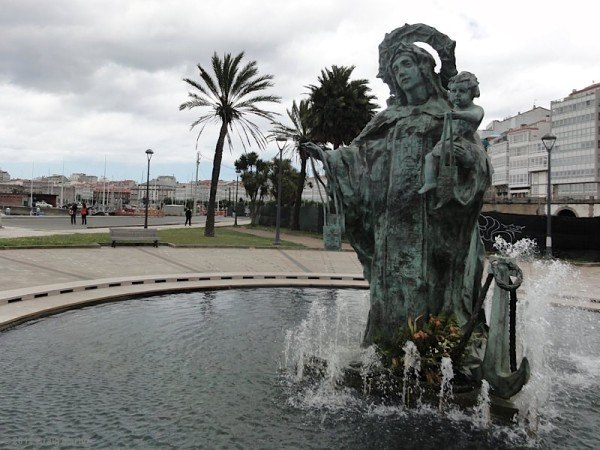 Statue of Maria in A Coruna